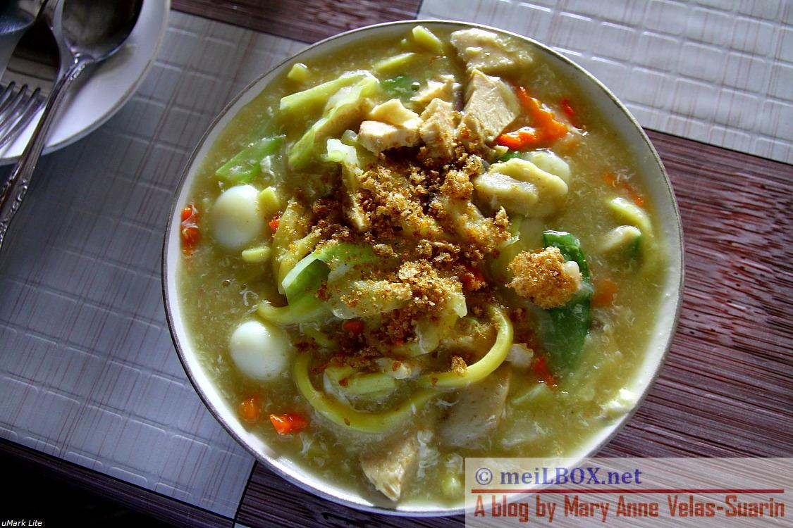 The pancit lomi in Myra's Special Pancitan is highly recommended. I still prefer the lomi version of a hotel in Calapan (I will mention the place in my next blog) but still, this is the No. 2 in my list. :) (Photo taken by Mary Anne Velas-Suarin)