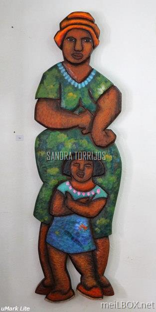 Siga, a wooden sculpture by Sandra Torrijos.