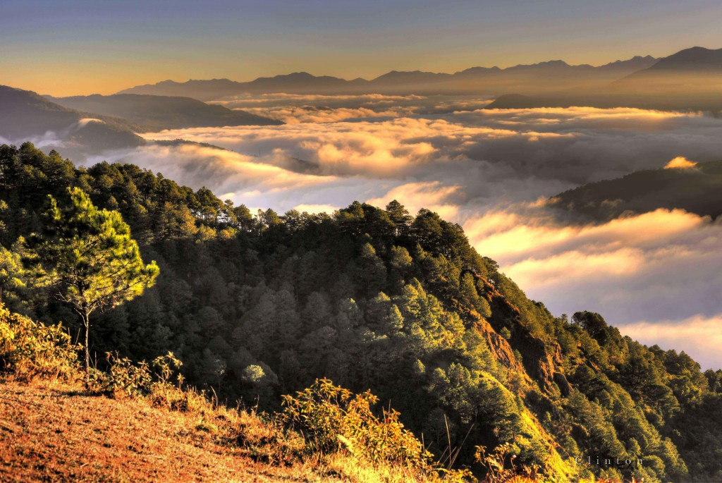 "Sunrise from Kamanbaneng Peak (""Marlboro Country""), Sagada [Image courtesy of Sagada LGU website]"